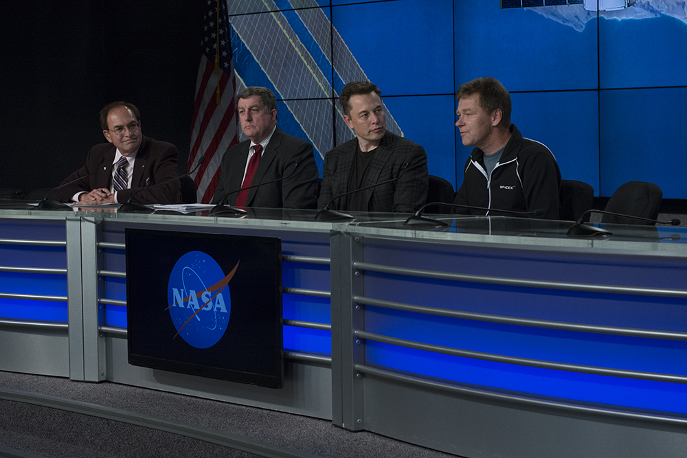 CRS-8 Post Launch Briefing