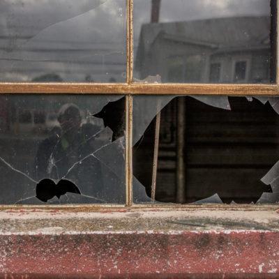 Broken Window – Nikon D7100